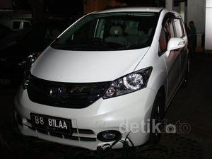 KPK Sita Honda Freed dari Teman Fathanah