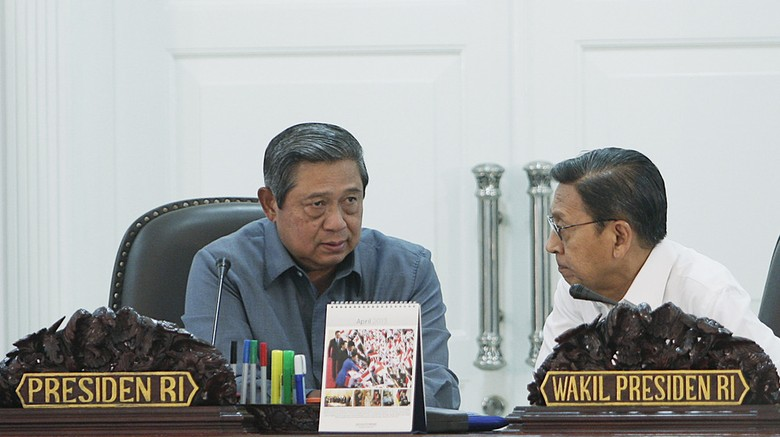 Rapat di Cikeas, SBY-Boediono Bahas Kenaikan Harga BBM