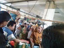 Banyak Pedagang Pasar Klender Tak Kenal Sosok Gita Wirjawan