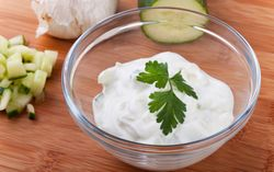 Pembuatan Greek Yogurt Sebabkan Masalah Polusi di Dunia