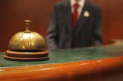 Sex Butler dan 9 Pelayan Hotel Paling Unik yang Sungguhan Ada