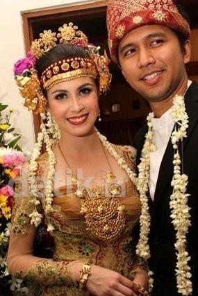 Arumi Bachsin & Emil Siapkan Pesta Pernikahan Rp 1 Miliar?