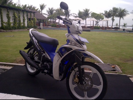 Yamaha Force BBM Lebih Irit 21 Persen