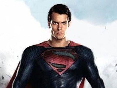 Man Of Steel: Pencarian Jati Diri si Manusia Baja