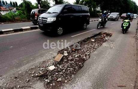 Menteri PU: Infrastruktur Jalur Mudik 2013 Dipastikan Lancar