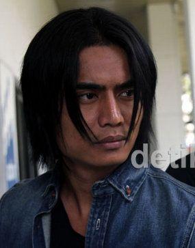 Penyanyi Deddy Dores Lolos Jadi Bakal Wabup Garut, Charly Gagal