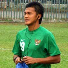 Bela Persepam, Zaenal Arief Cuti Satu Tahun dari PNS