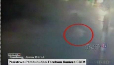Detik-detik Pembunuhan Sisca yang Terekam CCTV