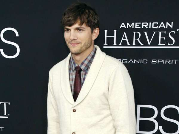 Ashton Kutcher di Premiere Jobs