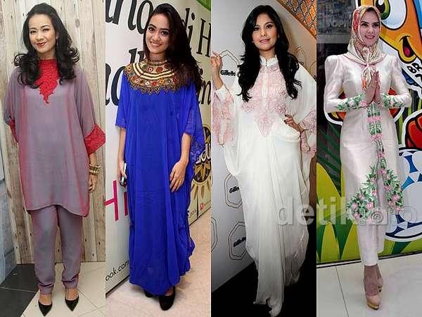 Gaya Selebriti Indonesia di Bulan Ramadan (1)