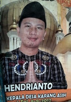 Vicky alias Hendrik Tunangan Zaskia \Gotik Bernama Asli Hendrianto