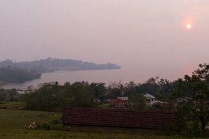 Menikmati Pagi Dari Puncak Bukit di Pulau Samosir