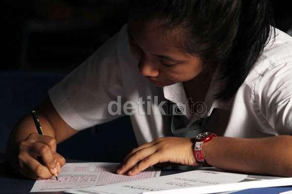 Penerapan Perda Wajib Belajar di Jakarta Membuat Siswa Lebih Rajin