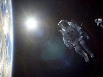 Menjelajah Angkasa dalam Film Gravity