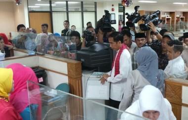 Jokowi Murka Saat Sidak ke Walikota Jaktim, Banting Berkas dan Pintu Mobil