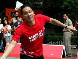 Gita Wirjawan Duel Lawan Ricky/Rexy