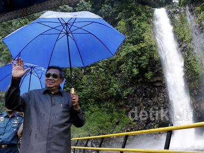 Presiden SBY Kunjungi Air Terjun Lembah Anai