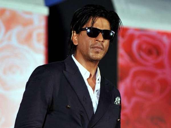 Shahrukh Khan Cool Berkacamata Hitam