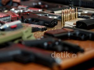 Senpi & Airsoft Gun Ilegal Disita