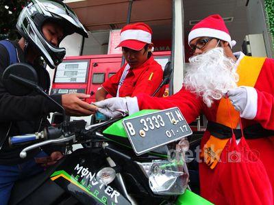Ada Sinterklas di SPBU