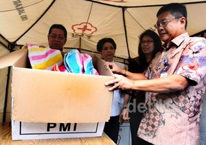 Bantuan untuk Korban Banjir Terus Mengalir