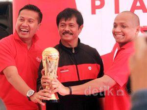 Indra Sjafri Pantau Final Piala Coca-cola