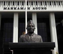 Langgar Kode Etik, Seluruh Hakim Pengadilan Agama Ponorogo Dihukum