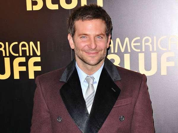 Gaya Bradley Cooper di Premiere American Hustle