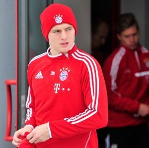Kroos Tepis Spekulasi Masa Depannya di Bayern