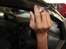 Larangan Merokok dalam Mobil Picu Kontroversi