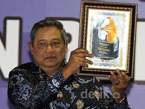 SBY Raih Sahabat Pers