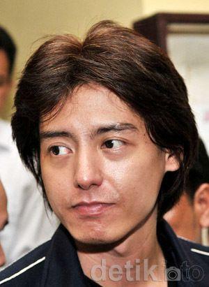 Mobil Roger Danuarta Sering ke Jl Kayuputih, Diduga Transaksi Narkoba