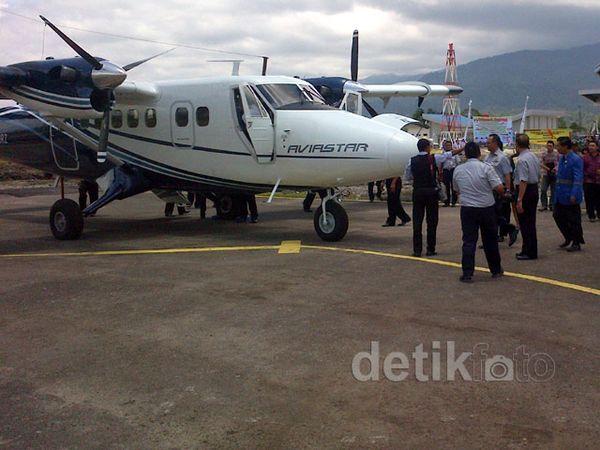 Penerbangan Perdana di Bandara Sumarorong