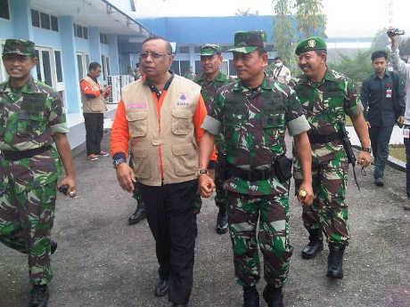 Tiba di Riau, Panglima TNI Gelar Rapat Koordinasi Kebakaran Hutan