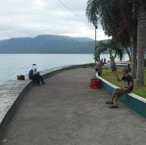 Kota Ternate, Antara Taman Apik dan Angkot yang Berisik