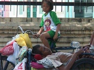 Becak Rumah Aisyah dan Ayahnya di Medan Didapat dari Hasil Mencicil