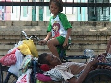 Pemkot Medan Bawa Ayah Aisyah ke RS