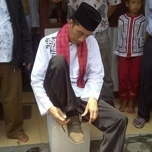 Bank Asing: Percaya Atau Tidak, Dolar Turun ke Rp 10.000 Kalau Jokowi Presiden