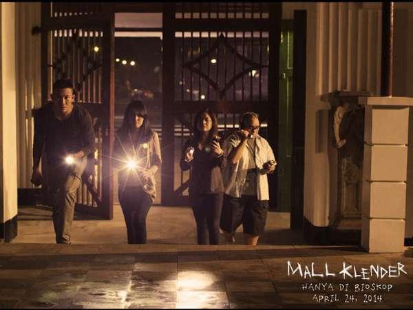 Kisah Para Ghosthunter di Film Mall Klender