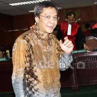 PT DKI Perberat Hukuman Fathanah Jadi 16 Tahun, Pencucian Uang Tak Terbukti