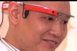 Pertama Kali! Dokter Menggunakan Google Glass di Ruang Gawat Darurat