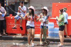 Basah, Basah, Basah di Festival Songkran Thailand
