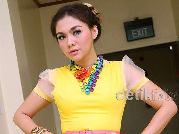 Dress Mini Ngejreng Vicky Shu