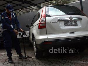 KPK Sita Honda CRV Milik Airin