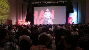 Abraham Samad Raih Anugerah Tokoh Perubahan 2014