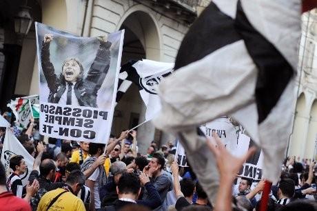 Hat-trick Scudetto, Juventus Sanjung Conte