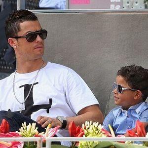 Rehat Sejenak, Ronaldo Pilih Nonton Tenis