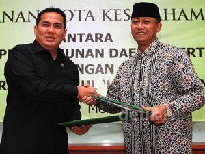 Menteri PDT-Rektor Universitas Darul Ulum Jalin Kerjasama