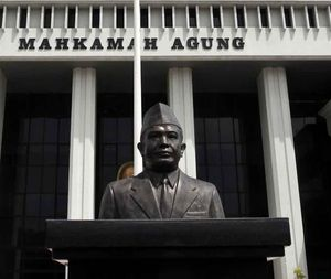 MA Bebaskan Anggota Parlemen Pembakar Gedung DPRD Jateng