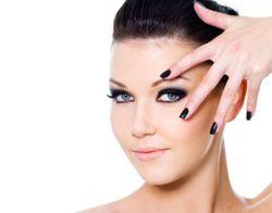 Tips Pakai Eyeliner Sesuai Bentuk Mata